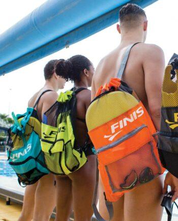 Finis Ultra Mesh Rugzak voor het handig opbergen van al je zwemspullen in oranje